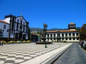 68. More Funchal